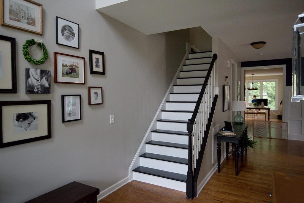 Black Staircase Treads And Railing. BlackStairTreads