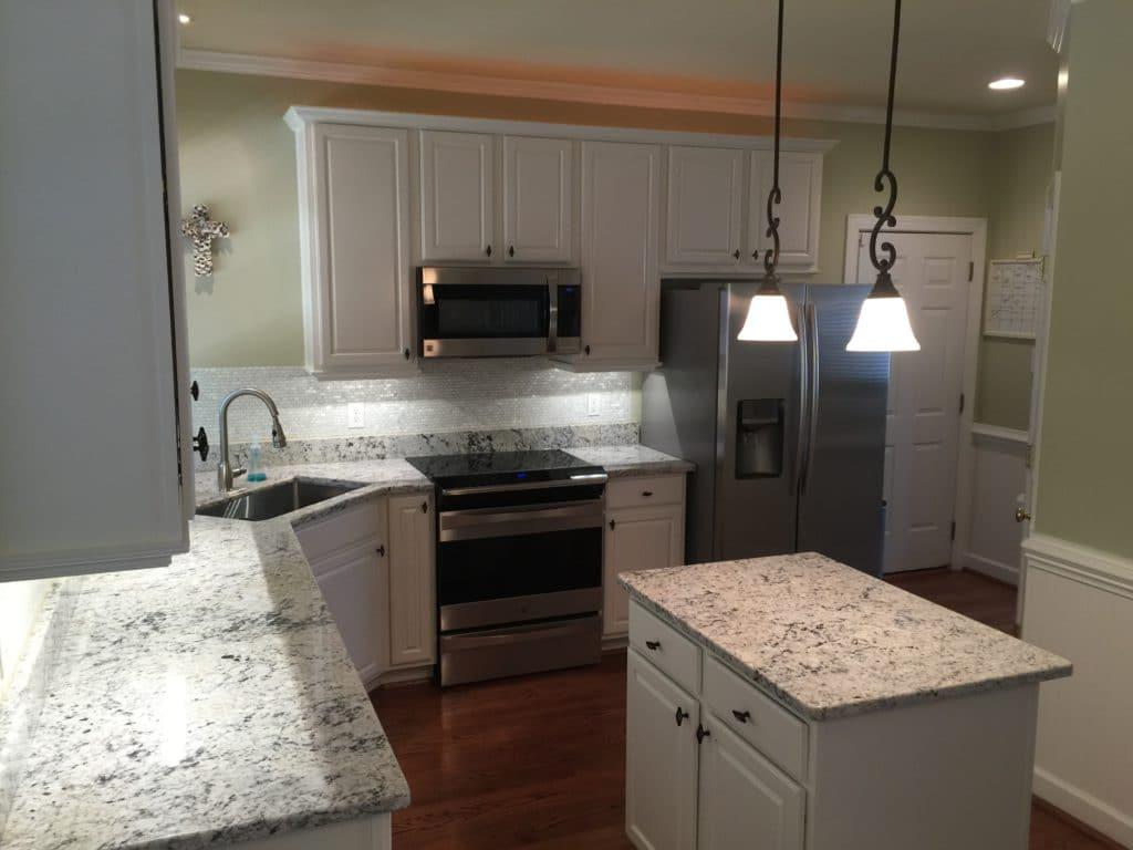 White Dove Kitchen 2 Cabinet Girls
