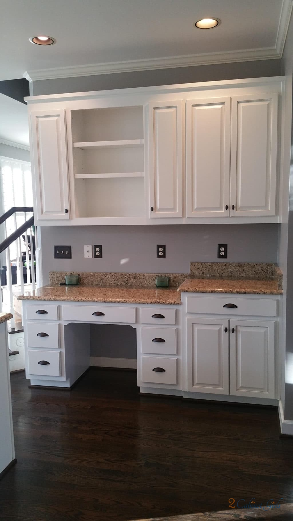 Extra White Amp Anew Gray Pinstripe 2 Cabinet Girls