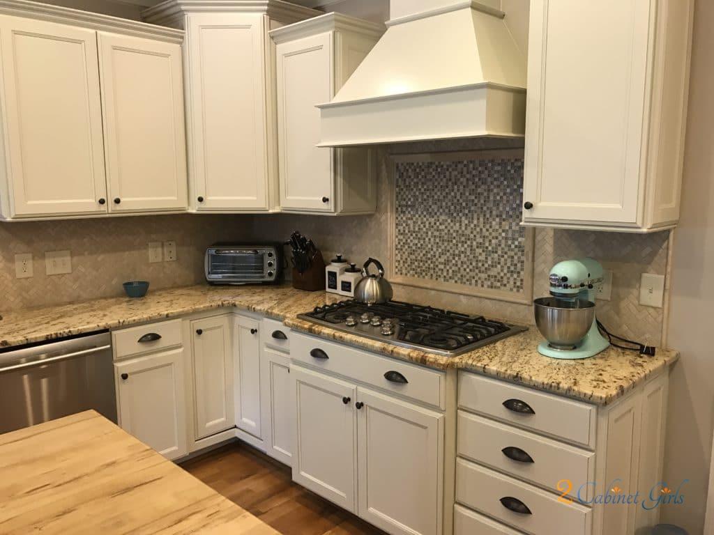 Nacre Kitchen With Tony Taupe Glaze 2 Cabinet Girls