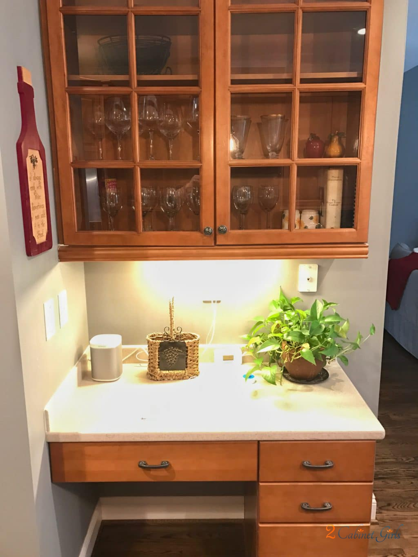 Simply White Kitchen - 2 Cabinet Girls