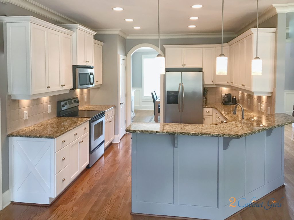American standard cabinets kitchen cabinets builders for Standard white kitchen cabinets