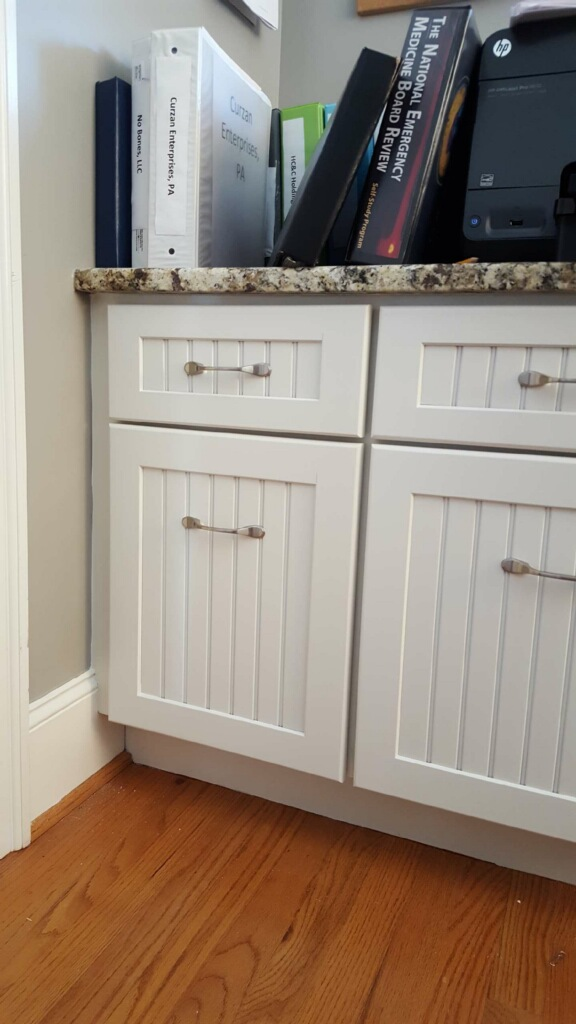 Pictures Of White Kitchen Cabinets With White Subway Tile