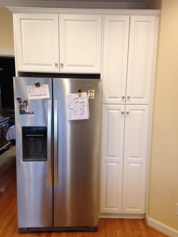 Super White Kitchen With Lemon Verbena Island 2 Cabinet
