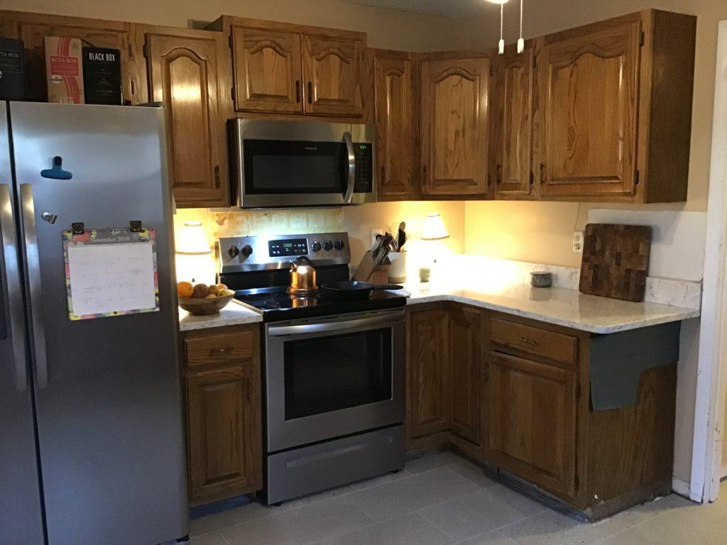 Egret White Kitchen 2 Cabinet Girls