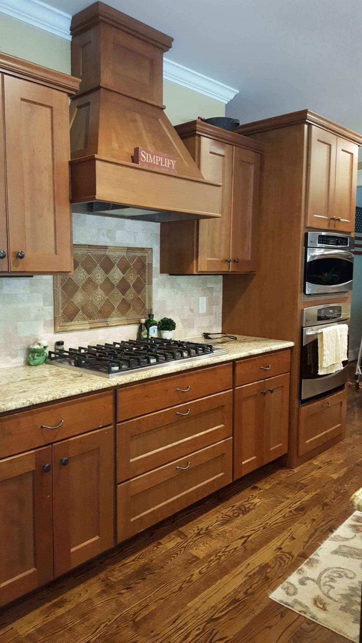 Dover White Kitchen - 2 Cabinet Girls
